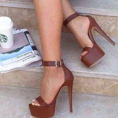 shoes high heels sandals stiletto Zapatos scarpin sandalias одежда платья обувь sapatos scarpe sandali décolleté tacchi alti tacco 12 女装 高跟鞋 婚 鞋 쇼핑 chaussure escarpins sandale. Hot Heels, Sexy High Heels, Womens High Heels, Stilettos, Stiletto Heels, Pumps, Platform High Heels, High Heel Boots, Shoe Boots