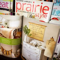 Such a thrill to see our home in print! The January 2017 issue of Prairie Style Magazine has no less than 12 pages dedicated to showing off our Portland home! So honored... and so happy it finally happened (well over a year after the photo shoot – patience is NOT one of my virtues ;)