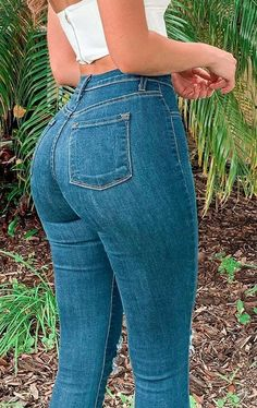 Superenge Jeans, Sexy Jeans, Skinny Jeans, Feminine Fashion, Feminine Style, Wrangler Jeans, Nice Asses, Girls Jeans, Beautiful Actresses
