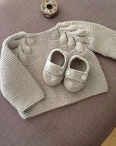 New Knitting Baby Patterns Sweater Tricot Ideas Baby Knitting Patterns, Knitting For Kids, Baby Patterns, Hand Knitting, Cardigan Bebe, Baby Cardigan, Knit Or Crochet, Crochet For Kids, Tricot Baby