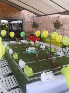 Cute Springbok Rugby Party - love the way this table is set up for a rugby themed birthday celebration. Especially the DIY field table cloth. Too cute