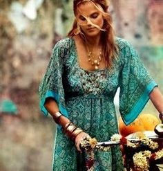 Pretty boho chic turquoise tunic dress with gypsy style print, modern hippie necklace. FOLLOW http://www.pinterest.com/happygolicky/the-best-boho-chic-fashion-bohemian-jewelry-gypsy-/ for the BEST Bohemian fashion trends in clothing & jewelry.