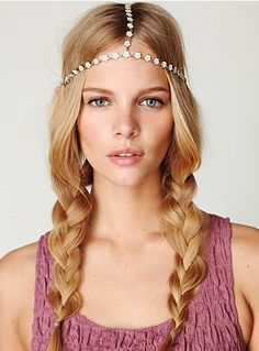 Beautiful BOHO hair accessory perfect for any day of the week. For more hair accessories go to Beauty.com.