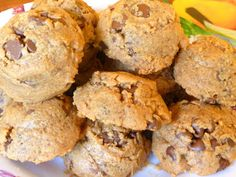 SPLENDID LOW-CARBING BY JENNIFER ELOFF: FLOURLESS CHOCOLATE CHIP PEANUT BUTTER COOKIES