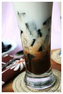 cincau ice with java dark sugar n coconut sauce... indonesian traditional culinary