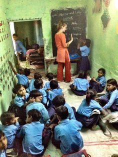 Volunteering in India with International Volunteer HQ (IVHQ) - Teaching at a slum school in Delhi