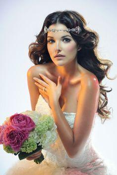 My bridal makeup work. My bridal makeup Romantic Makeup, Long Wavy Hair, Hair Wedding, Bridal Makeup, Garden Inspiration, Wedding Hairstyles, Editorial Hair, Make Up, Photoshoot