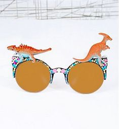 Show Your Love for the Prehistoric with Dinosaur Sunglasses #eyewear trendhunter.com