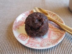 "Japanese sweets made from rice and beans. ""Ohagi""  http://youtu.be/WMHIOm149vU naturally vegan recipe ビーガン ヴィーガン レシピ"