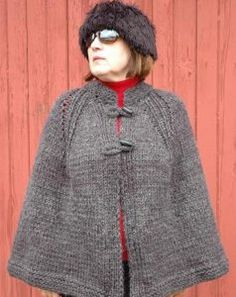 Log fire cape AllFreeKnitting.com - Free Knitting Patterns, Knitting Tips, How-To Knit, Videos, Hints and More!