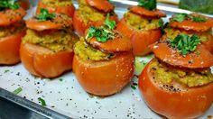 Pomidory nadziewane kaszą jaglaną