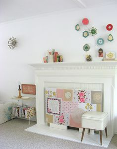 Need to Spring-infuse your fireplace/mantle area? Take a cue from Dottie Angel's beautiful collage.