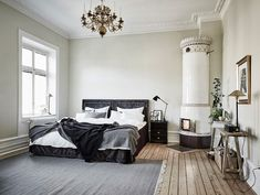 Master bedroom decor guide, The ideal preparation for a redecoration project to to take out clutter. Scandinavian Interior Bedroom, Home Interior, Apartment Entrance, Bedroom Corner, Master Bedroom, Ideas Hogar, Dream Decor, Bedroom Decor, Decoration