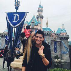 LaurDIY and Alex go to Disneyland🐵 Disneyland Couples, Disneyland Photos, Disney Couples, Disneyland Trip, Cute Disney Pictures, Couple Pictures, Cute Couples Goals, Couple Goals, Laurdiy And Alex Wassabi