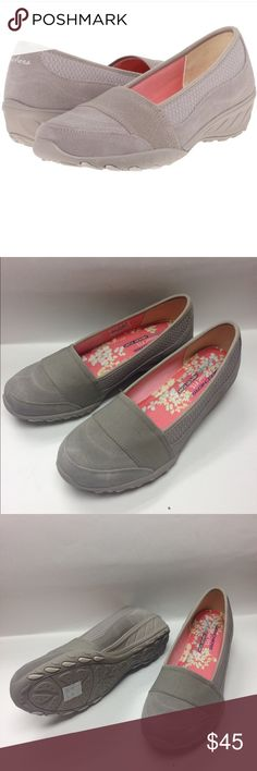 New Skechers Relaxed Fix with memory foam women's gray shoes sz 10