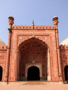 https://flic.kr/p/Noyvmx | 0W6A8257 | Badshahi Mosque Interior Design Work Lahore Punjab Pakistan The Badshahi Mosque (Punjabi, Urdu: بادشاہی مسجد‎, or Imperial Mosque) is a Mughal era mosque in Lahore, capital of the Pakistani province of Punjab. The mosque is located west of Lahore Fort along the outskirts of the Walled City of Lahore.  The mosque was commissioned by the Mughal Emperor Aurangzeb in 1671, and completed in 1673. Upon completion, it became world's largest mosque and remained…