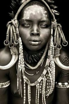 African woman by Mario gerth