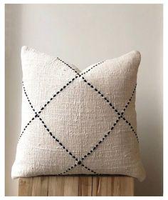 Small Pillow Cases, Small Pillows, Diy Pillows, Decorative Pillows, Cream Pillows, Decorative Accents, Black Throw Pillows, Boho Cushions, Neutral Cushions