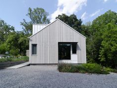 This home may not look that impressive from outside but take a look at the interior! The Future of Homebuilding: Style With Sustainability : Home_improvement : DIY