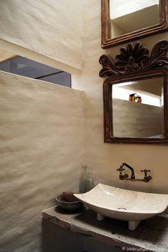 rustic glam bathroomrustic bathroom   Casa Haus