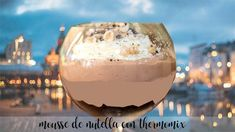 Mousse de Nutella con Thermomix Dessert Thermomix, Cookies Et Biscuits, Wine Glass, Pudding, Chocolate, Tableware, Food, Base, Digestive Biscuits