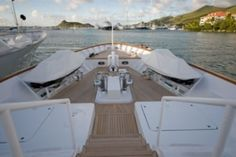 Built by Tacoma Shipbuilders, motor yacht ELLE is a spacious, well-appointed yacht that provides luxury charters in the Bahamas for up to ten guests.