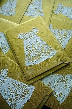J- I just really love this idea. I think I have doilies! What a clever thing to do with lace doilies.going to use this idea for our tea party invitations! Cute Cards, Diy Cards, Pretty Cards, Karten Diy, Dress Card, Homemade Cards, Envelopes, Making Ideas, Cardmaking