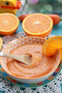 Goûter carotte-orange-banane   (9 à 12 mois) Pour 2 portions – Préparation : 10 minutes – Cuisson : 15 minutes Tout d'abord, il faut éplucher la carotte, la rincer et la couper en petits morceaux. Ensuite vous devez éplucher la banane et la couper en morceaux. Épluchez aussi la pomme et la coupez en morceaux tout en enlevant le trognon. Placez les...Lire la suite → Pureed Food Recipes, Baby Food Recipes, Sweet Recipes, Snack Recipes, Cooking Recipes, Baby Breakfast, Compote Recipe, Baby Dishes, Baby Cooking