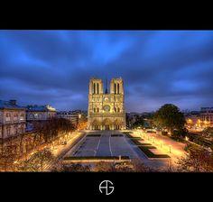 Cathédrale Notre-Dame de Paris by A.G. Photographe, via Flickr