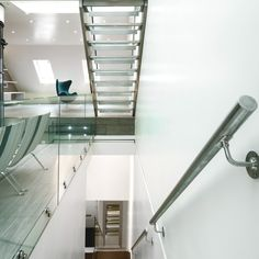 Elvaston Mews transformed into a contemporary London home - http://www.adelto.co.uk/19th-century-elvaston-mews-transformed-into-a-contemporary-home