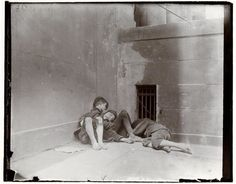 Jacob Riis Photographs Still Revealing New York's Other Half - The New York Times Lower East Side, New York Pictures, Old Pictures, Vintage Photographs, Vintage Photos, Old West Photos, Mulberry Street, Documentary Photographers, Save The Children