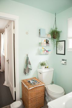 House Tour: A Cheery Beach-y Modern California Bungalow | Apartment Therapy