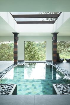 Outdoor Inspirations - Swimming pool with modern design, beautiful, cool, unique, and awesome. Highly recommended for you to find the best pool design idea ever. Mini Swimming Pool, Luxury Swimming Pools, Luxury Pools, Dream Pools, Swimming Pool Designs, Indoor Pools, Simple Pool, Beautiful Pools, Deco Design