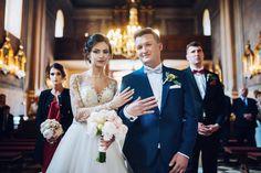 Elegancki ślub i cudowne wesele w Pałacu w Konarach - Białe Kadry