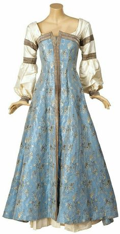 Medieval Fashion, Medieval Clothing, Historical Clothing, Medieval Costume, Medieval Dress, Costume Roi, Pretty Dresses, Beautiful Dresses, Narnia Costumes