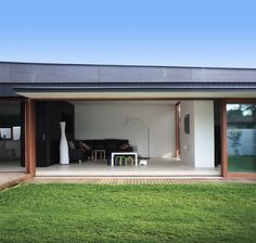 CHROFI | Projects | Surfview House