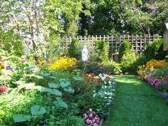 Marian garden...beautiful!