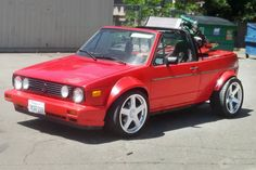 This is not a photoshop exercise, this is a real vehicle! It's a 1979 Volkswagen Rabbit Turbo custom convertible and it's not for the faint. Vw Golf Cabrio, Vw Cabriolet, Best Barns, Volkswagen Models, Barn Finds, Golf 1, Rabbit, Autos, Bunny