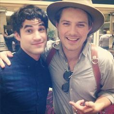 Look! It's Darren Chris and Taylor looking somewhat similar to Indiana Jones! | 9 Photos Of Taylor Hanson Acting Like A Celebrity Fangirl