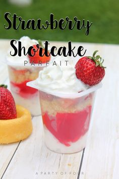 Check out how you can take a Snack Pack and make it even more awesome with mix-ins! Parfait Desserts, Easy Desserts, Dessert Recipes, Yummy Treats, Sweet Treats, Yummy Food, Tasty, Delicious Deserts, Delicious Meals