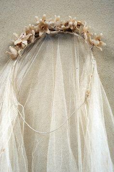 wax lilies tiara + veil.