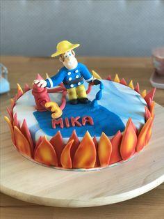 Geburtstagstorte Feuerwehrmann Sam #fondant #torte #geburtstagstorte #feuerwehrmannsam