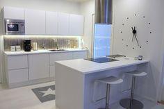 My white kitchen - HomeWhiteHome Kitchen Dining, Dining Room, White Chic, White Rooms, White Houses, Decoration, Vanity, Table, Design