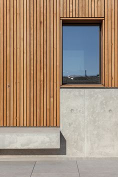 Ma, ivo tavares studio · house in avanca larch cladding, exterior cladding Wood Cladding Exterior, Larch Cladding, House Cladding, Design Exterior, Modern Exterior, Concrete Architecture, Architecture Details, Concrete Facade, Concrete Wood