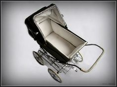 1:12th scale miniature English dollshouse pram by The Robersons ...    pretty near perfection.