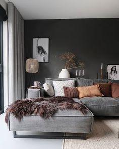 New Living Room, Interior Design Living Room, Home And Living, Living Room Designs, Living Room Decor, Dark Living Rooms, Apartment Interior, Apartment Living, Home Room Design