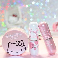 Hello Kitty Royalty in 2019 Hello Kitty Makeup, Hello Kitty Items, Hello Kitty Stuff, Hello Kitty Products, Kawaii Makeup, Cute Makeup, Makeup Kit, Skin Makeup, Makeup Products
