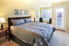 Check out this awesome listing on Airbnb: Masterbed/bath with view - Townhouses for Rent in Seattle