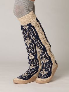 gretta slipper sock by free people.