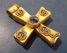 4-8th c. A.D. Byzantine/Eastern European gold cross (30 x 40 mm, 6.7 g) - antiquitiesgiftshop.com 4320